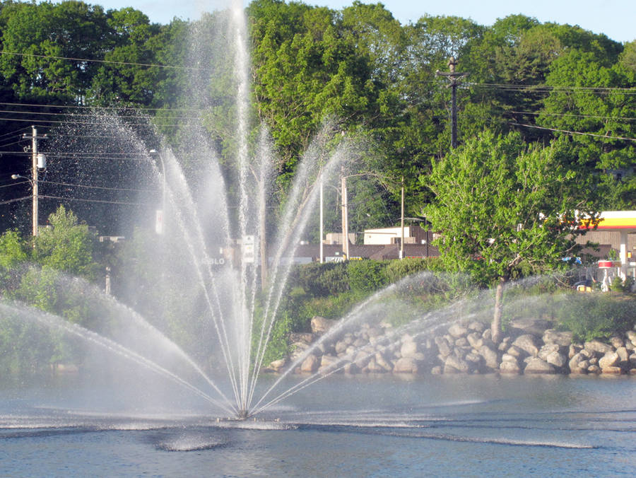 <p>KEITH CORCORAN PHOTO</p><p>The removable fountain in the LaHave River sprays water in Bridgewater between the town's two major bridges.</p>